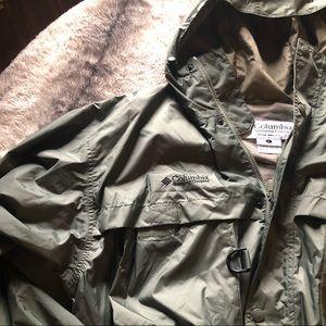 Columbia Sportswear Company Lightweight Jacket